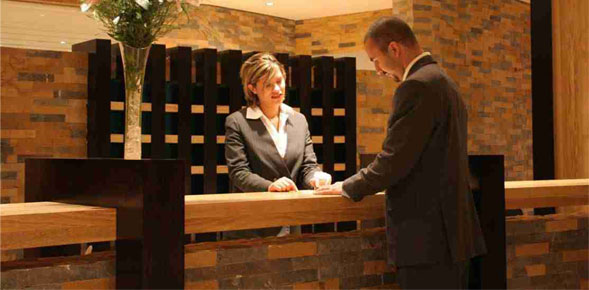 2 major technology trends to tighten the relationship between hospitality businesses and guests