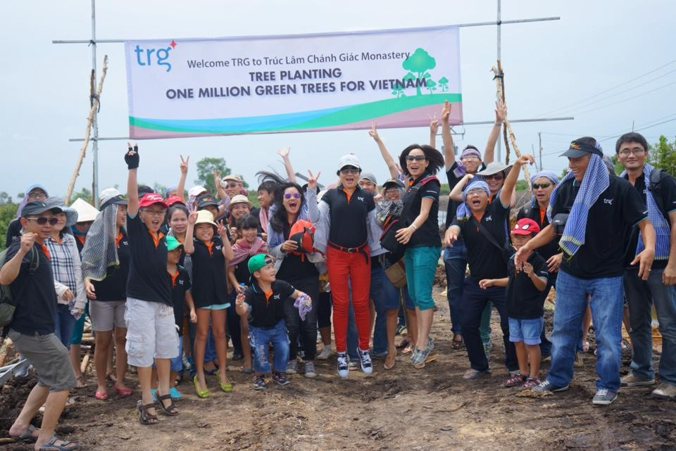 TRG's tree planting day: The perfect green gift