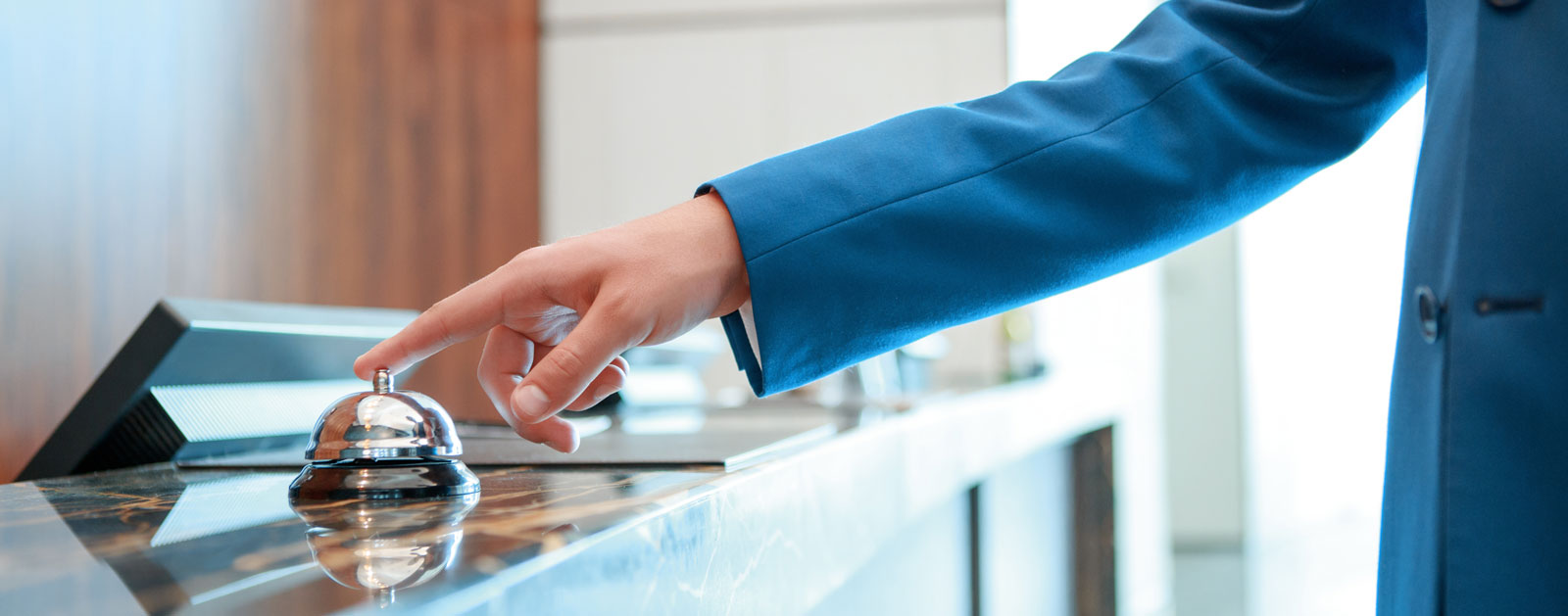 Giải pháp cải thiện cộng tác nhân viên dành cho ngành khách sạn