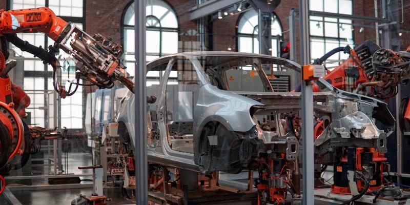 Phần mềm kế toán cho doanh nghiệp sản xuất cần những tính năng gì?