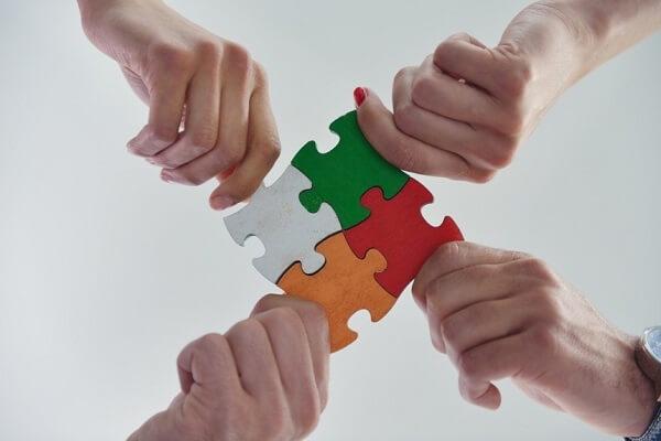 Yếu tố cơ bản cần có để thành lập nhóm mà lãnh đạo cần lưu ý