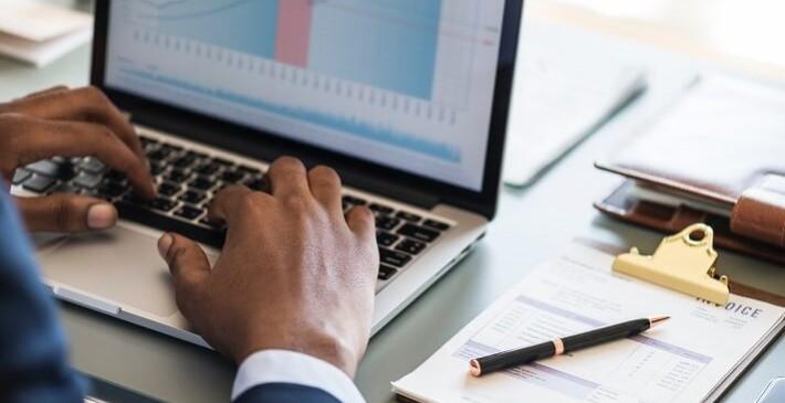 Building a Healthy Data Culture: 7 Factors to Consider